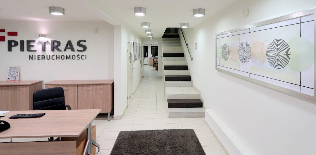 Pietras Nieruchomości - biuro nieruchomości Poznań - sala obsługi nieruchomości