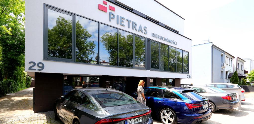 Pietras Nieruchomości - sprzedaż nieruchomości Poznań